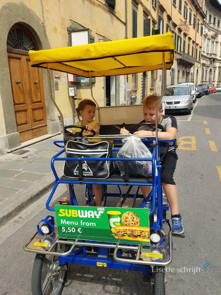 een grote fiets huren in Pisa